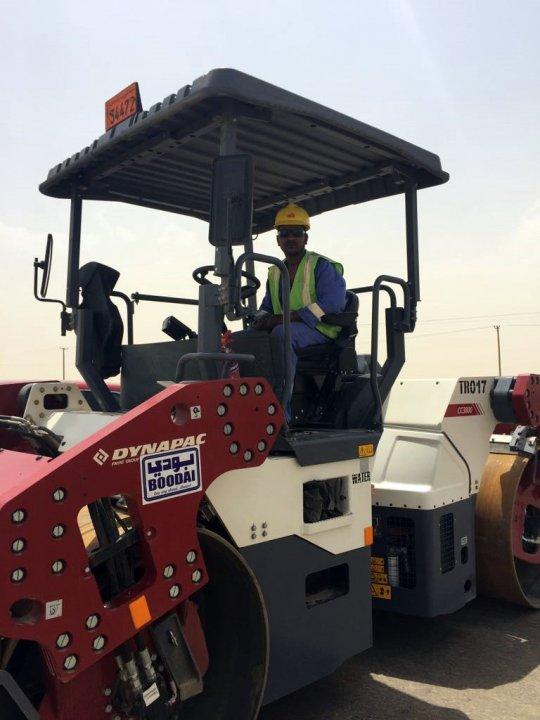 Dynapacs help roll out key Kuwait roads • Dynapac - Fayat Group